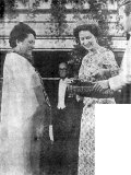 Queen Elizabeth prepares to invest the Maori Queen, Nui Te Ata-rangi-kaahu, as a Dame Commander of the British Empire